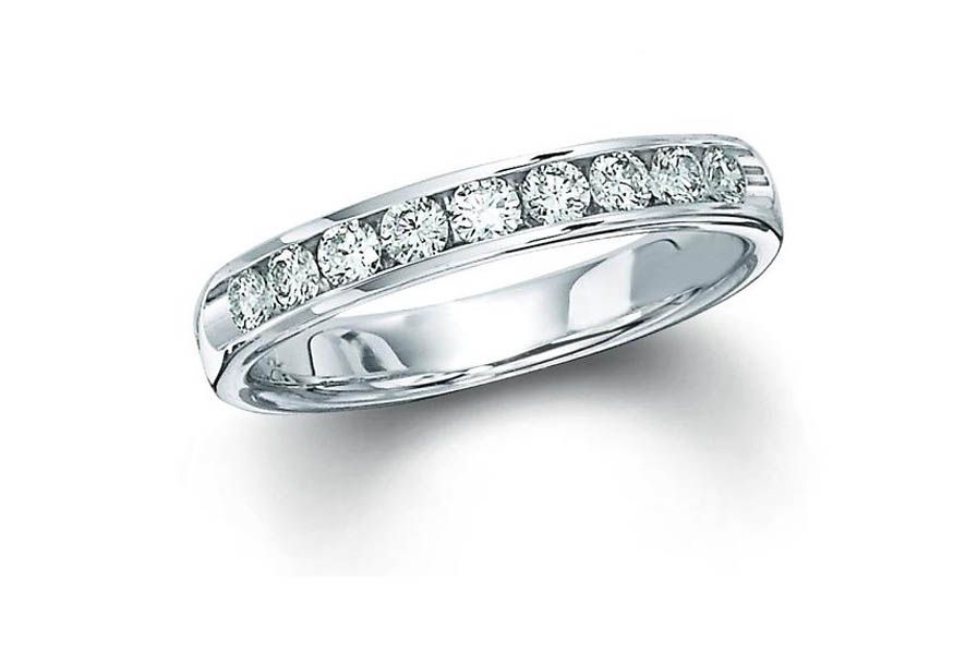 14kt White Gold Diamond Wedding Ring by IDD
